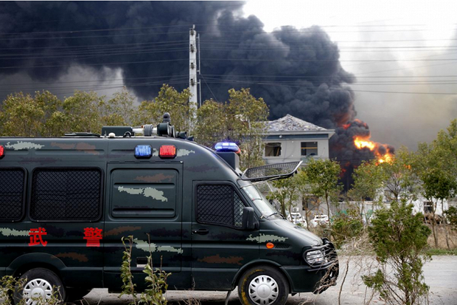 Hiện trường nổ nhà máy hóa chất Trung Quốc khiến gần 700 người thương vong - Ảnh 5.