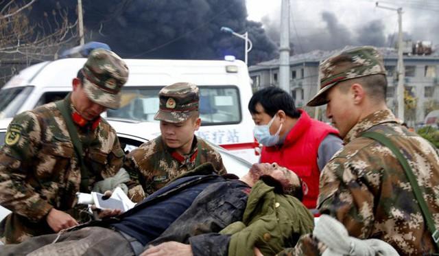 Hiện trường nổ nhà máy hóa chất Trung Quốc khiến gần 700 người thương vong - Ảnh 6.