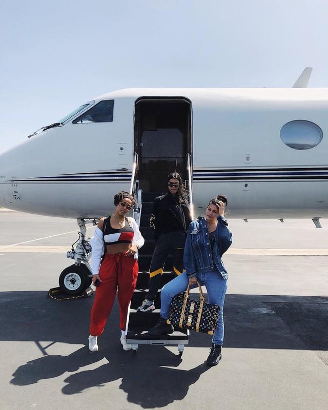 Loạt sở thích du lịch đúng chuẩn quăng tiền ra cửa sổ của Kylie Jenner - nữ tỷ phú tự thân trẻ nhất thế giới - Ảnh 11.