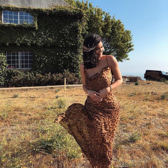 Loạt sở thích du lịch đúng chuẩn quăng tiền ra cửa sổ của Kylie Jenner - nữ tỷ phú tự thân trẻ nhất thế giới - Ảnh 16.