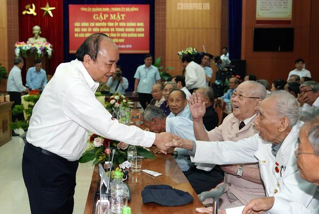 Thủ tướng: Quảng Nam phải tăng gấp đôi quy mô kinh tế trong 5 năm - Ảnh 2.