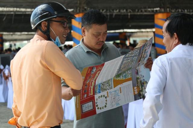 """Sau """"cơn sốt"""", thị trường đất nền Sài Gòn khu Đông giờ ra sao?"""