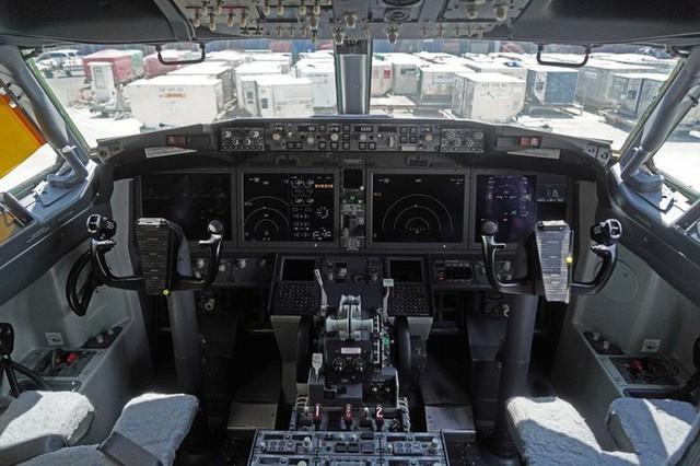 Một ngày trước khi rơi, máy bay của Lion Air cũng suýt gặp nạn  - Ảnh 1.