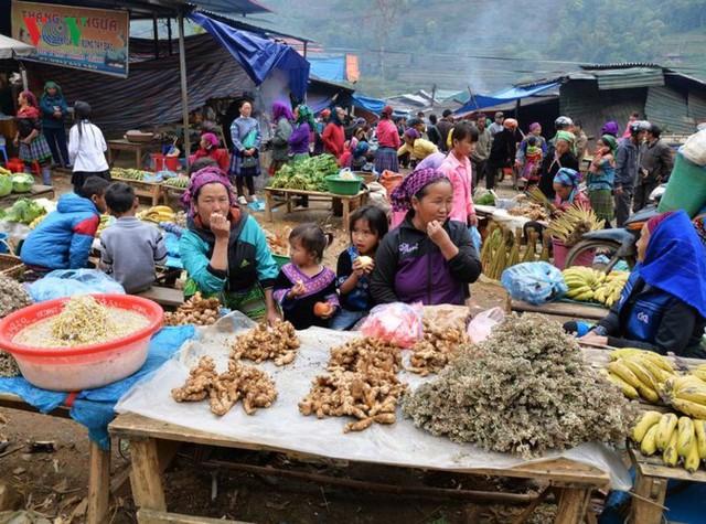 Chợ phiên Cán Cấu - nét độc đáo vùng cao Tây Bắc - Ảnh 5.