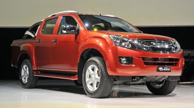 Trước giờ tăng lệ phí trước bạ: Đây là mẫu xe bán tải giảm giá khủng, rẻ nhất Việt Nam - Ảnh 2.