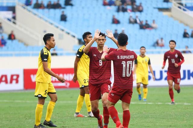 Rốt cuộc, chìa khóa để mở ra chiến thắng trước Thái Lan đã ở trong tay thầy Park từ lâu rồi - Ảnh 1.