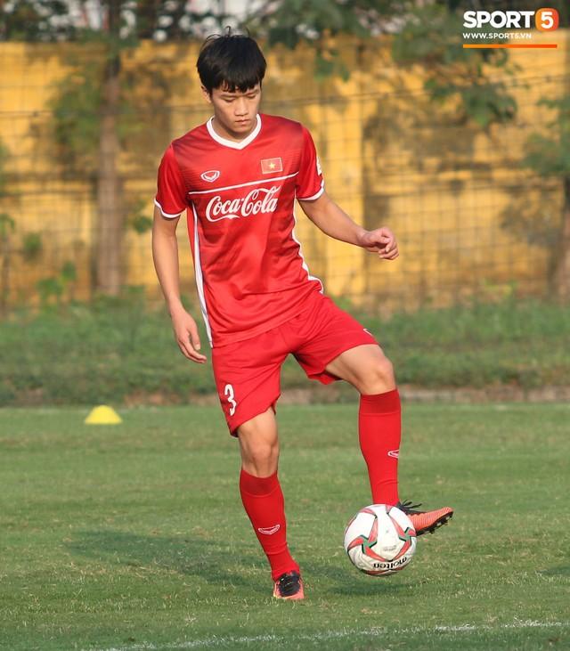 Chân dung Nguyễn Hoàng Đức: Anh bộ đội ghi bàn giúp U23 Việt Nam đè bẹp Thái Lan - Ảnh 1.