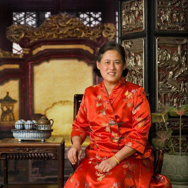 3 nàng công chúa nổi tiếng Thái Lan: Nhan sắc ở mức thường thường bậc trung nhưng ai cũng phải kiêng nể, đến cánh đàn ông cũng bái phục - Ảnh 5.