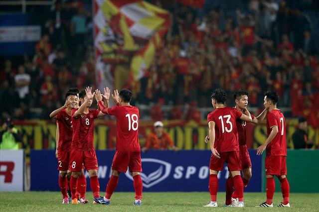 """Việt Nam – Thái Lan, ai mới là """"vua"""" của bóng đá Đông Nam Á? - Ảnh 2."""
