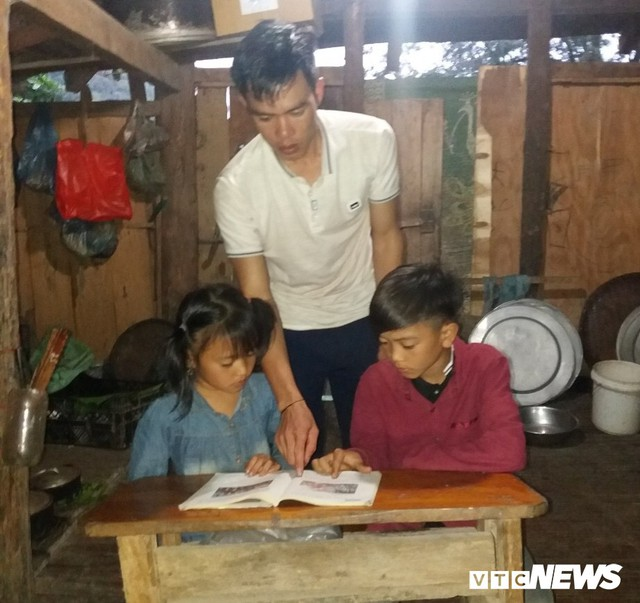 Cậu bé đạp xe hơn 100 km từ Sơn La xuống Hà Nội thăm em: Cháu không thấy mệt, chỉ muốn nhanh chóng gặp em trai - Ảnh 3.