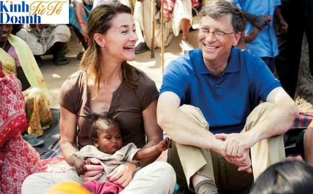 Sẵn sàng uống nước từ bồn cầu sau khi xử lý, đây là cách Bill Gates và quỹ từ thiện 50 tỷ USD của vợ chồng ông làm thay đổi thế giới - Ảnh 1.