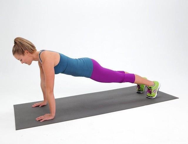 Phụ nữ ở độ tuổi 40 nhất định phải thực hiện các bài tập này mỗi ngày: Chống lão hóa hiệu quả, cho vóc dáng chuẩn như thời thanh xuân - Ảnh 2.