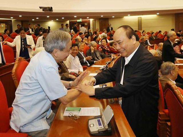 Hình ảnh Ban Bí thư TW Đảng gặp mặt cán bộ lãnh đạo nghỉ hưu - Ảnh 4.
