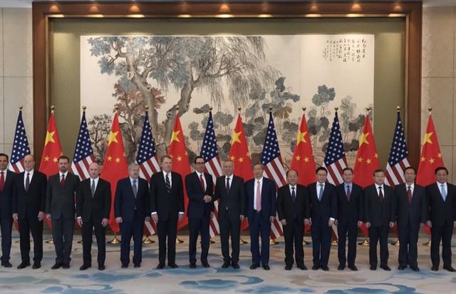 Mỹ - Trung kết thúc đàm phán thương mại, Trung Quốc cảnh báo sẽ không chớp mắt trước - Ảnh 2.