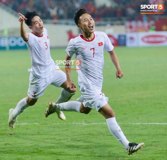 Hành trình từ người thừa trở thành người hùng của tiền vệ U23 Việt Nam qua những kỷ vật vô giá - Ảnh 13.