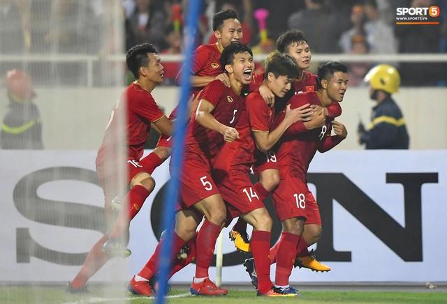 Cựu HLV trưởng tuyển Việt Nam: U23 chỉ là lứa trẻ, không nên vì SEA Games mà dồn lịch V.League - Ảnh 2.