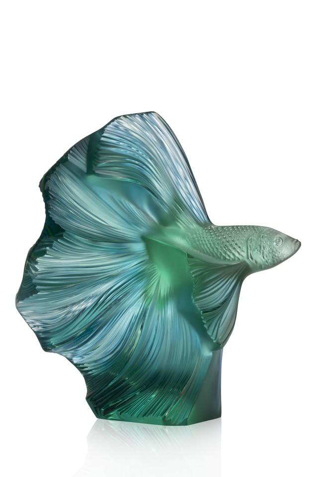 Bộ sưu tập lấy cảm hứng từ đại dương chinh phục giới thượng lưu và người yêu nghệ thuật chế tác pha lê trên toàn thế giới  - Ảnh 2.