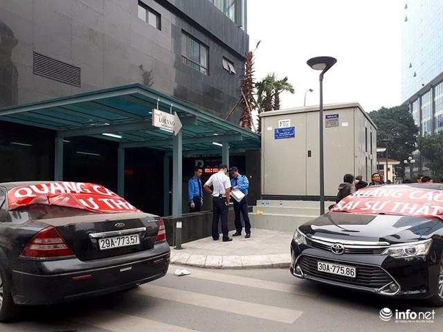 Không đồng ý mức phí cao, cư dân Golden Palm bị chặn ô tô xuống hầm - Ảnh 5.