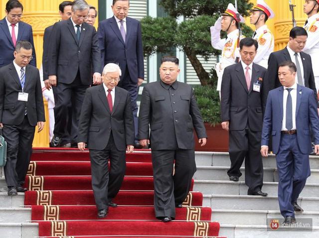 Chuyện ít biết về phiên dịch viên Triều Tiên phanh gấp cạnh Chủ tịch Kim Jong-un: Cựu sinh viên khoa tiếng Việt trường ĐH Tổng hợp Hà Nội - Ảnh 7.