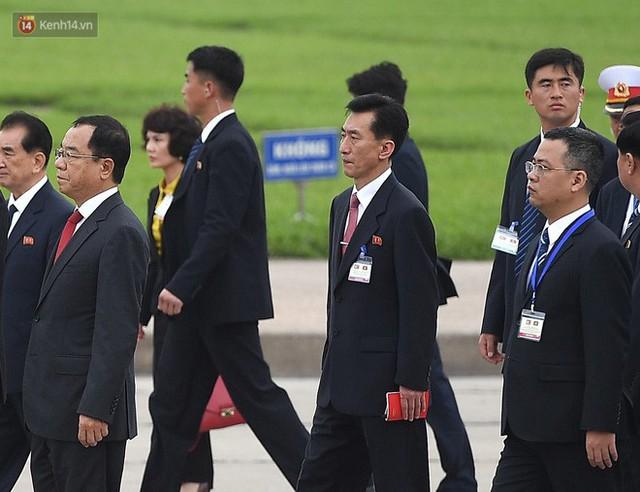Chuyện ít biết về phiên dịch viên Triều Tiên phanh gấp cạnh Chủ tịch Kim Jong-un: Cựu sinh viên khoa tiếng Việt trường ĐH Tổng hợp Hà Nội - Ảnh 9.