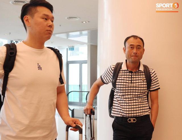 Trợ lý ngôn ngữ Lê Huy Khoa trở lại, U23 Việt Nam đón một loạt người mới ở Ban huấn luyện - Ảnh 5.