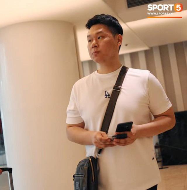 Trợ lý ngôn ngữ Lê Huy Khoa trở lại, U23 Việt Nam đón một loạt người mới ở Ban huấn luyện - Ảnh 6.
