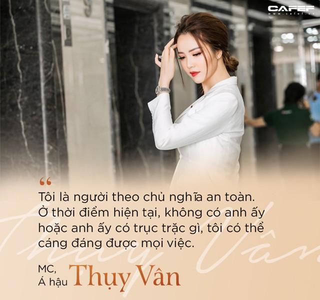 """MC, Á hậu Thụy Vân: Khi tôi khởi nghiệp, ông xã nói đùa """"Kinh doanh kiếm ra tiền còn khó hơn cả đạt giải Nobel"""" - Ảnh 8."""