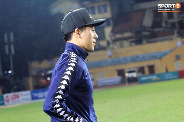 Trước giờ lên U23 Việt Nam, dàn sao Hà Nội FC và Viettel FC đã quyết chiến máu lửa dưới sự chứng kiến của thầy Park - Ảnh 15.