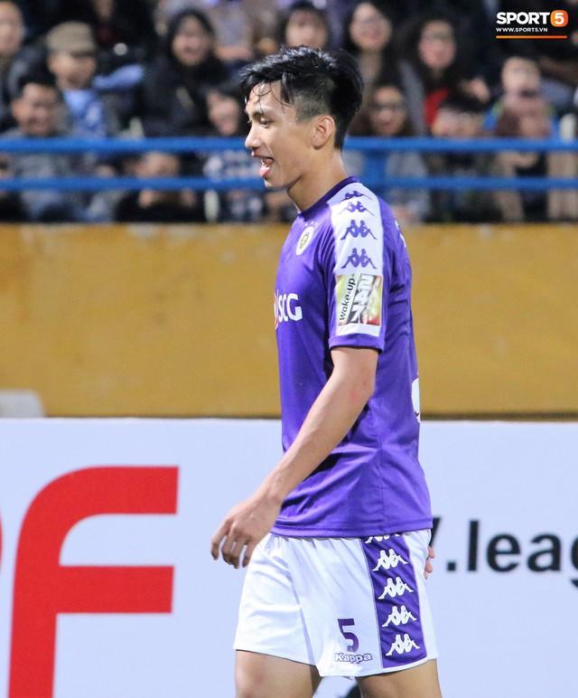 Trước giờ lên U23 Việt Nam, dàn sao Hà Nội FC và Viettel FC đã quyết chiến máu lửa dưới sự chứng kiến của thầy Park - Ảnh 17.