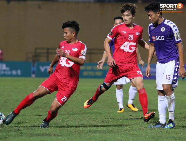 Trước giờ lên U23 Việt Nam, dàn sao Hà Nội FC và Viettel FC đã quyết chiến máu lửa dưới sự chứng kiến của thầy Park - Ảnh 4.
