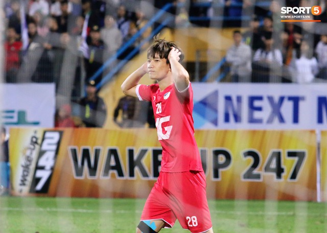 Trước giờ lên U23 Việt Nam, dàn sao Hà Nội FC và Viettel FC đã quyết chiến máu lửa dưới sự chứng kiến của thầy Park - Ảnh 7.