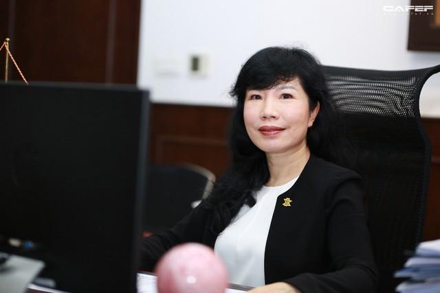 Chủ tịch Napas Nguyễn Tú Anh: Hãy vượt qua giới hạn của bản thân, cứ chân thành và đam mê thì thành công ắt sẽ đến - Ảnh 11.