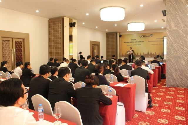 Vietcombank Lào đặt mục tiêu vào top 3 về quy mô và hiệu quả hoạt động tại Lào - Ảnh 1.