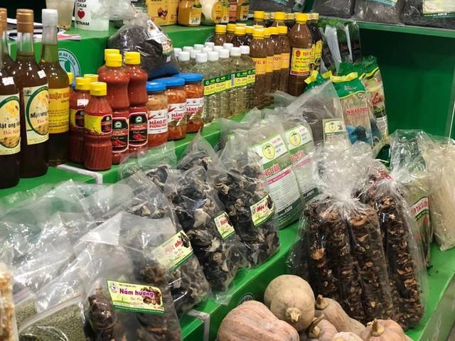 Nhận diện thách thức và gỡ khó cho nông sản Việt - Ảnh 2.