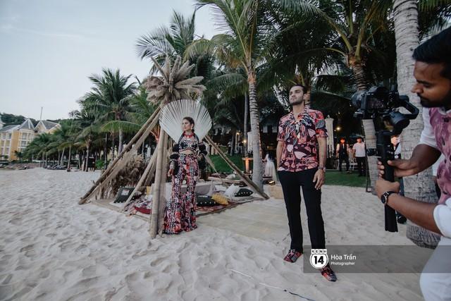 """Ngày thứ 2 tiệc cưới của cặp đôi tỷ phú Ấn Độ tại Phú Quốc: Hàng trăm bàn tiệc ngồi bên bãi biển, khách mời diện đồ """"thổ dân"""" cá tính - Ảnh 16."""