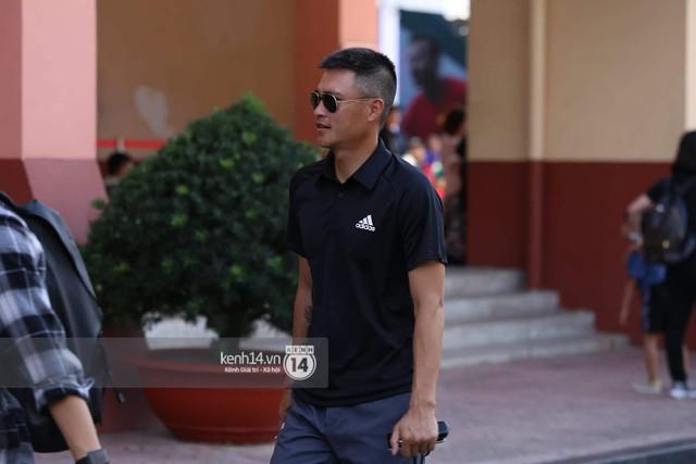 Cập nhật sự kiện có mặt David Beckham tại Việt Nam: Nam cầu thủ nước Anh đã xuất hiện, di chuyển âm thầm tránh sự chú ý từ khán giả - Ảnh 5.