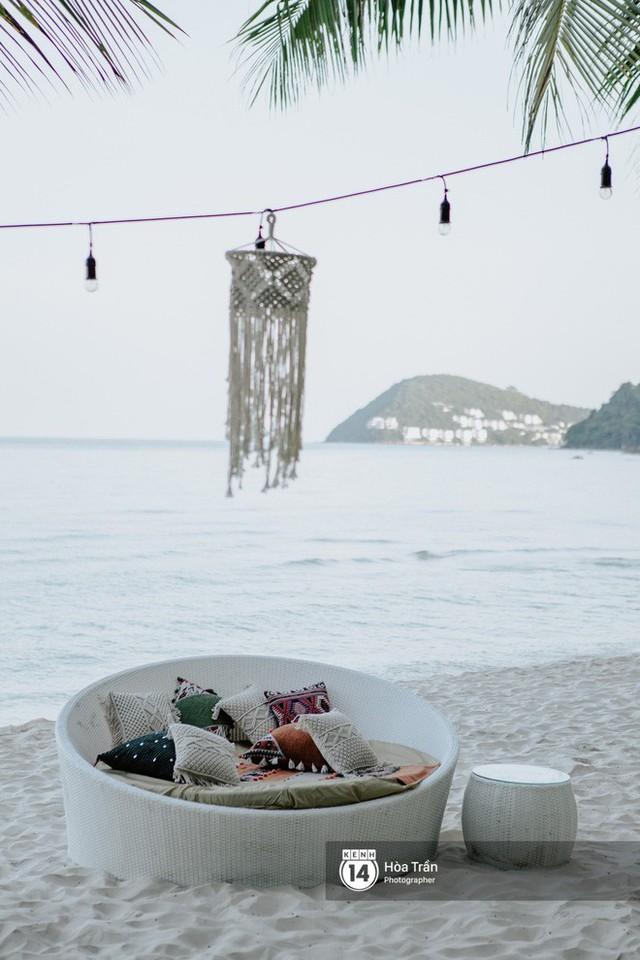 """Ngày thứ 2 tiệc cưới của cặp đôi tỷ phú Ấn Độ tại Phú Quốc: Hàng trăm bàn tiệc ngồi bên bãi biển, khách mời diện đồ """"thổ dân"""" cá tính - Ảnh 6."""