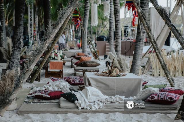 """Ngày thứ 2 tiệc cưới của cặp đôi tỷ phú Ấn Độ tại Phú Quốc: Hàng trăm bàn tiệc ngồi bên bãi biển, khách mời diện đồ """"thổ dân"""" cá tính - Ảnh 7."""