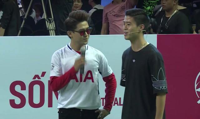 Cập nhật sự kiện có mặt David Beckham tại Việt Nam: Nam cầu thủ nước Anh đã xuất hiện, di chuyển âm thầm tránh sự chú ý từ khán giả - Ảnh 8.
