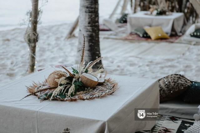 """Ngày thứ 2 tiệc cưới của cặp đôi tỷ phú Ấn Độ tại Phú Quốc: Hàng trăm bàn tiệc ngồi bên bãi biển, khách mời diện đồ """"thổ dân"""" cá tính - Ảnh 8."""
