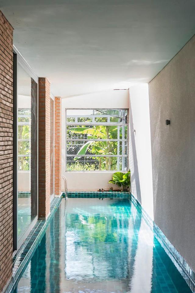 Nhà phố 3 tầng tuyệt đẹp với bể bơi và hàng chục khu vườn ở Sài Gòn - Ảnh 4.