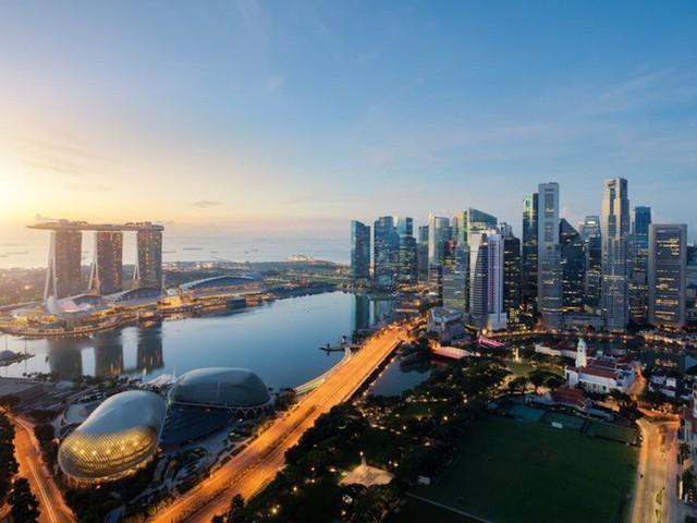Cuộc sống xa xỉ của giới giàu Singapore - Ảnh 1.