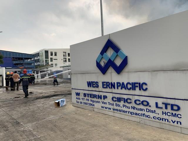 CLIP: Cháy dữ dội tại KCN Sóng Thần 2, giáp ranh TPHCM – Bình Dương - Ảnh 5.