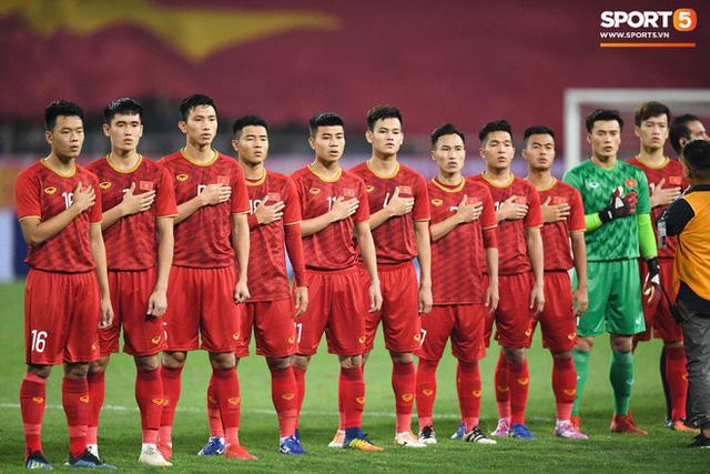 HLV Park Hang-seo triệu tập 100 cầu thủ cho mục tiêu World Cup và SEA Games là không chính xác - Ảnh 1.