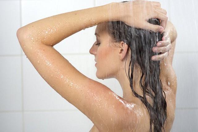 Tắm đúng cách có thể dưỡng sinh: Nghiên cứu khẳng định 2 thời điểm tốt nhất để tắm - Ảnh 3.