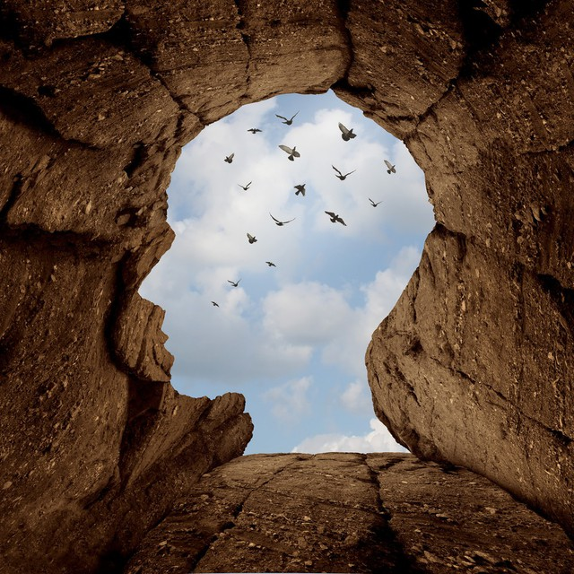 Không dám bước ra khỏi vùng an toàn, bạn đang khiến cuộc sống của chính mình lụi tàn dần: Lựa chọn sự thoải mái, ổn định là chấp nhận cảnh đời tầm thường, muôn đời cũng không có cơ hội thành công - Ảnh 1.