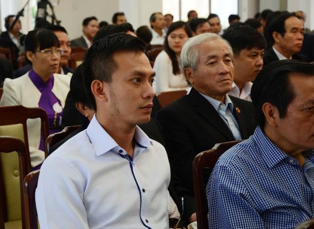 Ông Nguyễn Bá Cảnh từng không đồng ý việc miễn phí gửi xe hoàn toàn mà người dân vô cùng ủng hộ - Ảnh 1.