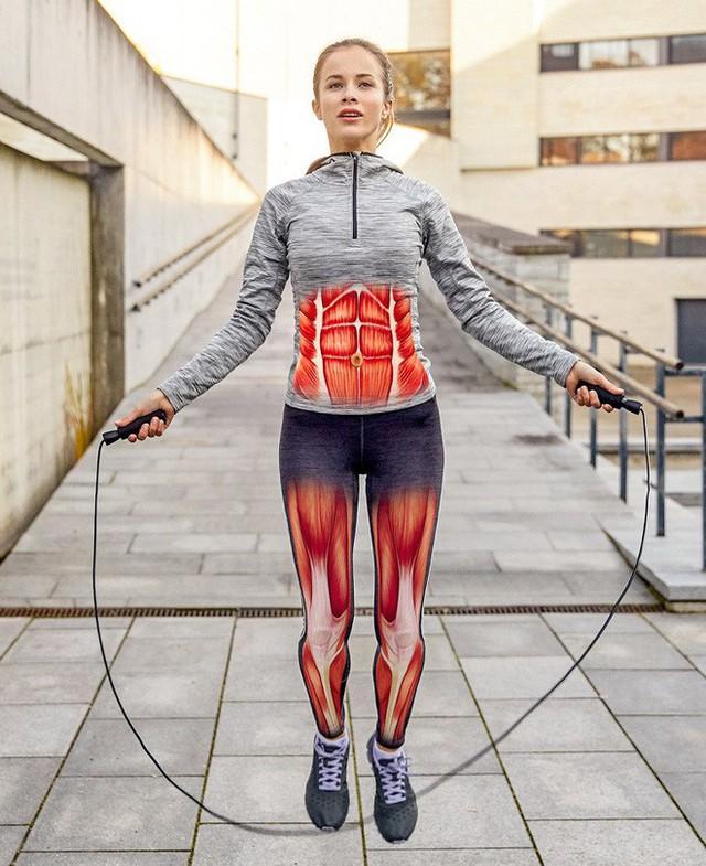 6 bài tập thay đổi cơ thể hoàn toàn sau 30 ngày: Ai tập được sẽ săn chắc từ đầu đến chân - Ảnh 4.