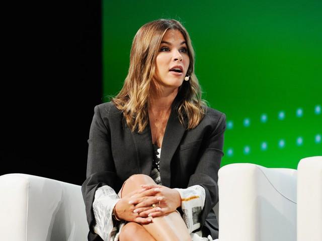 Từ Michelle Phan đến Kylie Jenner: Xu hướng người trẻ xây dựng đế chế mỹ phẩm triệu đô nhờ sự ảnh hưởng trong cộng đồng mạng xã hội đang bùng nổ - Ảnh 3.