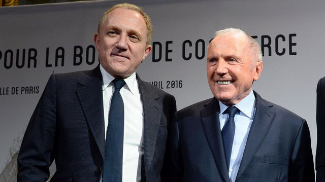 Ông trùm ngành hàng xa xỉ LVMH, Bernard Arnault, tuyên bố sẽ quyên góp 200 triệu euro để tái xây dựng Nhà thờ Đức Bà - Ảnh 1.